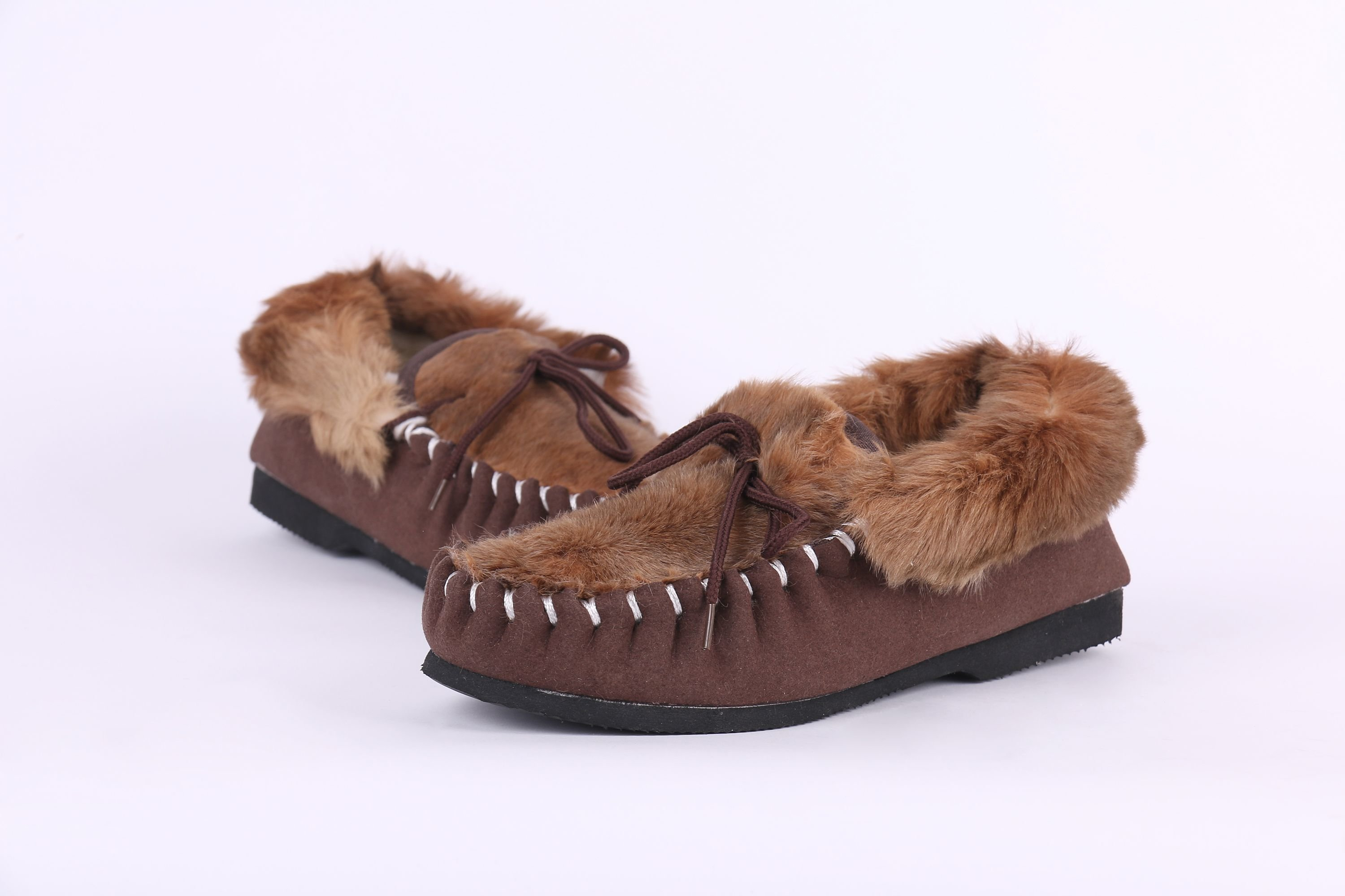 Yixing fur products Co., Ltd also manufacture sheepskin shoes and kangaroo skin shoes