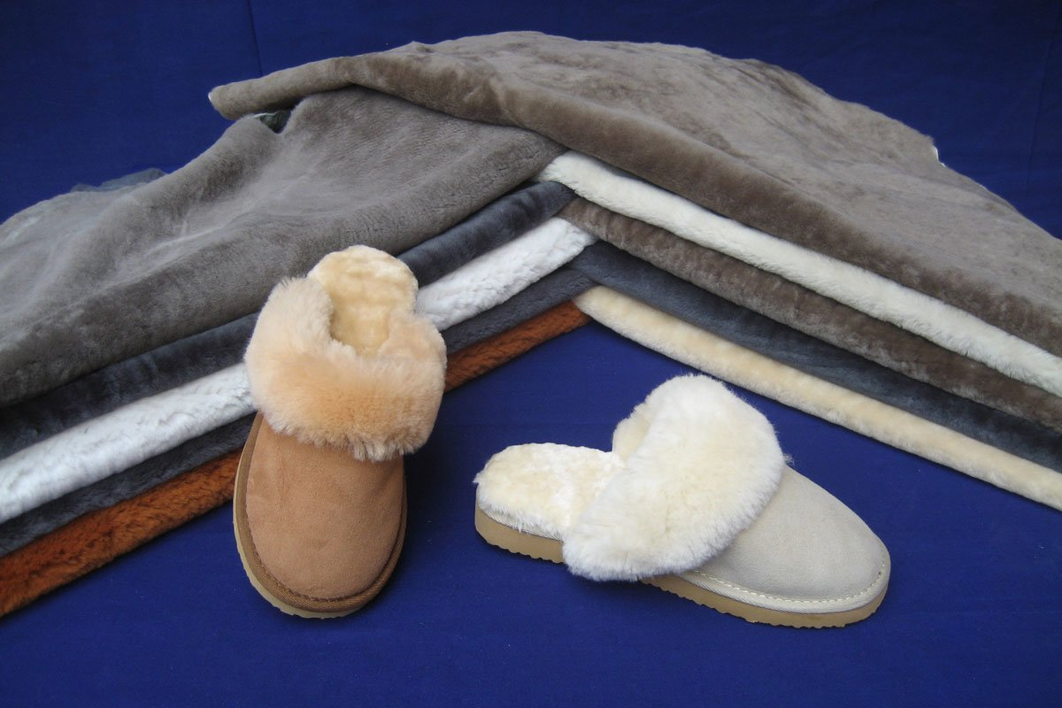 sheepskin shearling lining for shoes is the most representative fur materials in Yixing