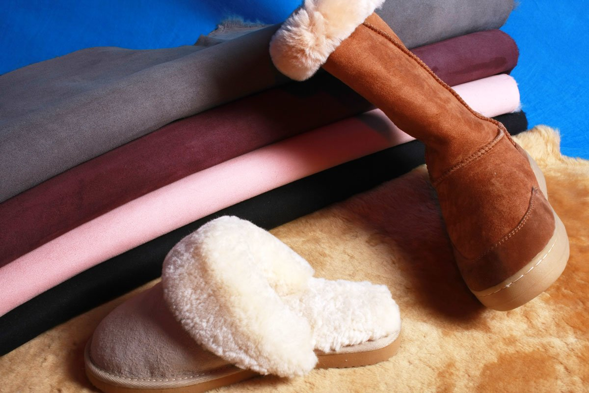 sheepskin moccasin for slippers is more competitive than double face ones in price